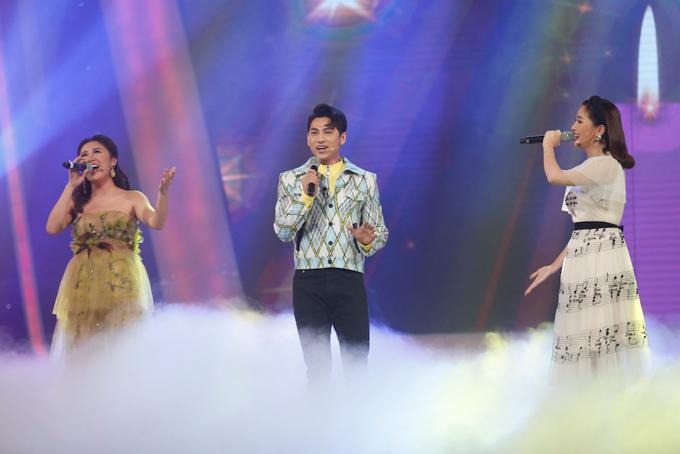 minh-hang-muon-de-lien-khi-xem-thien-khoi-trinh-dien-tai-idol-kids-11