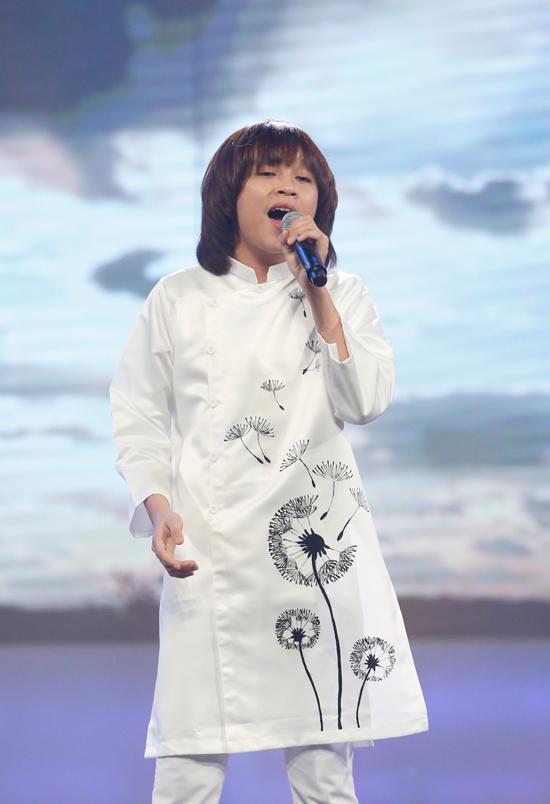 minh-hang-muon-de-lien-khi-xem-thien-khoi-trinh-dien-tai-idol-kids-4