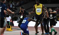 Giành HC vàng, đối thủ vẫn quỳ gối trước Usain Bolt