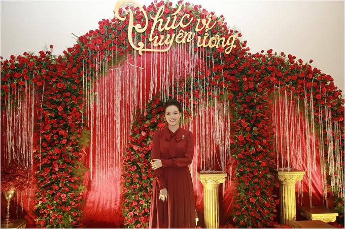Chị Nguyễn Thị Trang Phương  CTHĐQT Hoàng Hải Group, người khởi xướng ý tưởng tổ chức sự kiện Phúc vị uyên ương