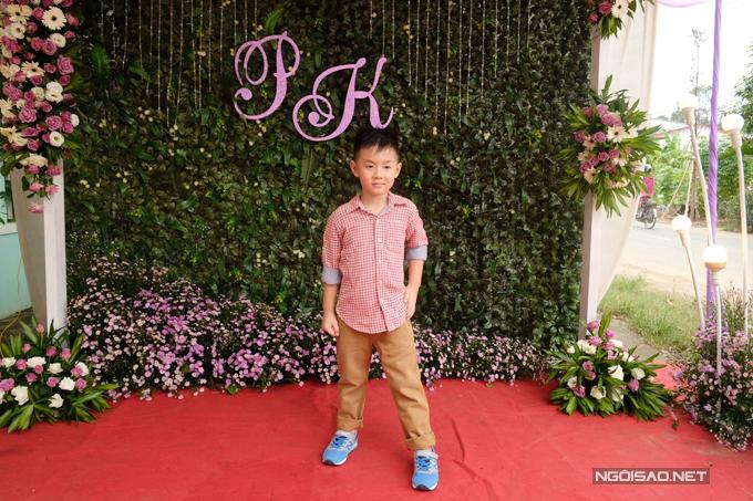 le-phuong-trang-tri-nha-rieng-o-tra-vinh-chun-bi-cho-dam-cuoi-8