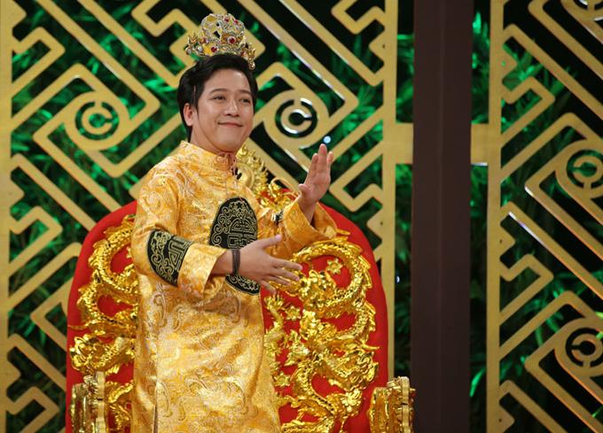kieu-minh-tuan-an-can-cham-soc-cat-phuong-khi-di-choi-gameshow-7