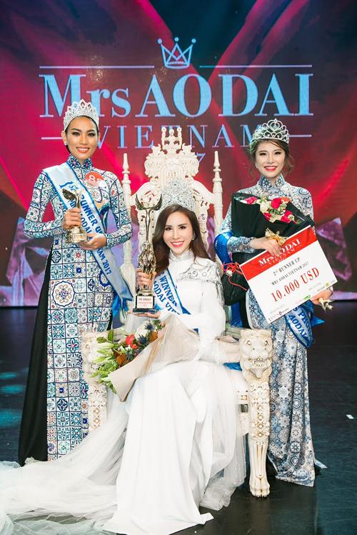 hoang-dung-dang-quang-mrs-ao-dai-vietnam-7