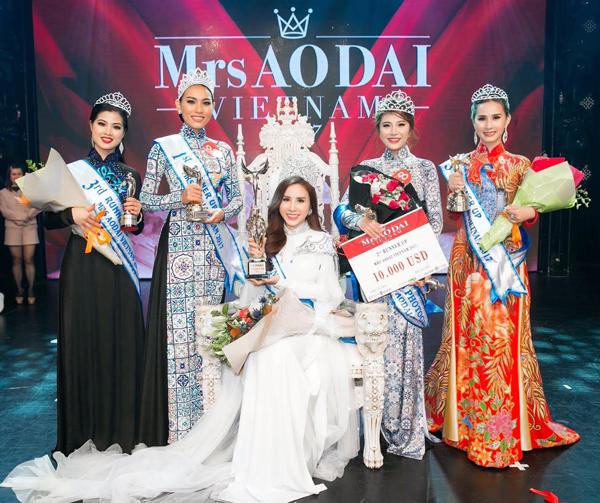 hoang-dung-dang-quang-mrs-ao-dai-vietnam-8