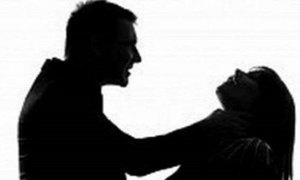 Níu kéo tình cảm vợ cũ bằng 'mưa dao', gã chồng gây trọng tội