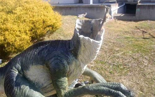 khung-long-trong-bao-tang-australia-bi-trom-chat-dau