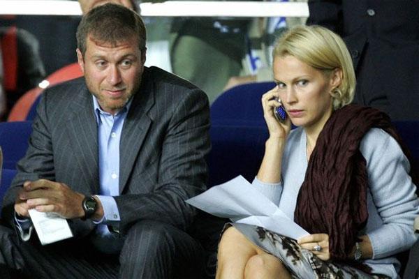 Suốt 16 năm ở với vợ thứ hai Irina, ông trùm người Nga