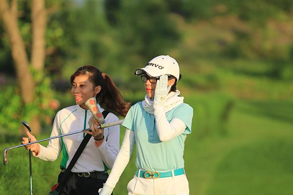 khai-mac-giai-golf-co-tong-thuong-gia-tri-20-ty-dong-o-sam-son