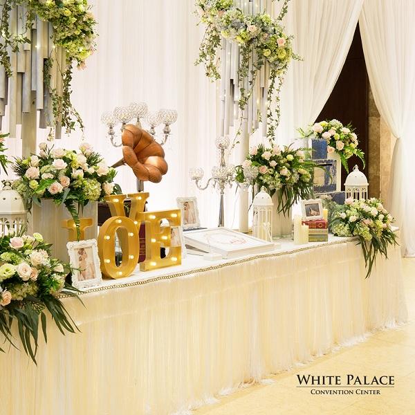 white-palace-tang-goi-trang-tri-tiec-cuoi-100-trieu-dong