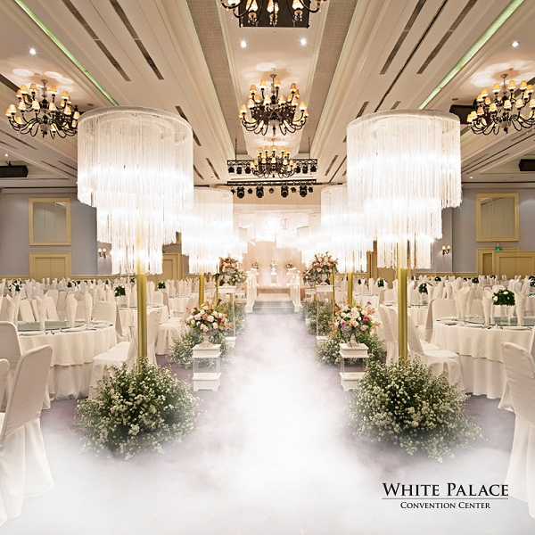 white-palace-tang-goi-trang-tri-tiec-cuoi-100-trieu-dong-3