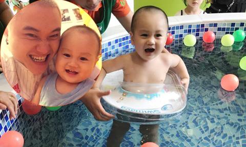 Con trai ca sĩ Vũ Duy Khánh phấn khích khi xuống bể bơi