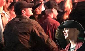 Orlando Bloom và Katy Perry tái hợp, tình tứ trong đêm nhạc