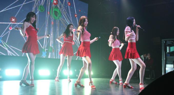 . P.O.P biểu diễn Secret Diary, Catch yo