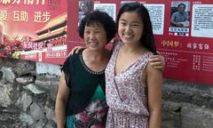 Cuộc trở về tìm cha mẹ ruột của bé gái Trung Quốc bị bỏ rơi trong thùng các tông
