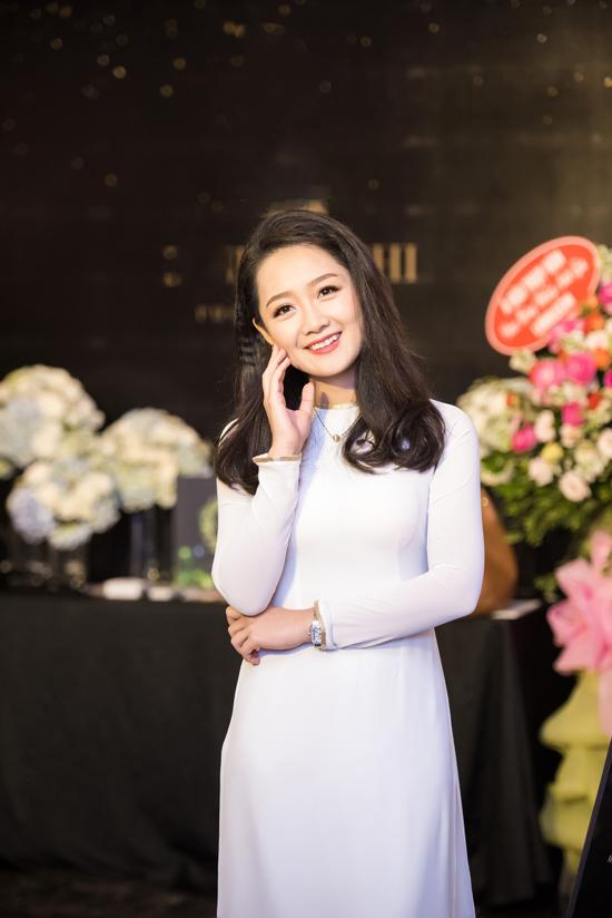 dang-thu-thao-do-my-linh-cung-khoe-ve-ngot-ngao-tai-su-kien-9