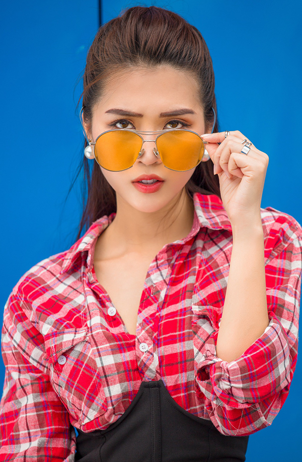 tuong-linh-the-face-khoe-street-style-voi-tong-mau-noi-bat-5