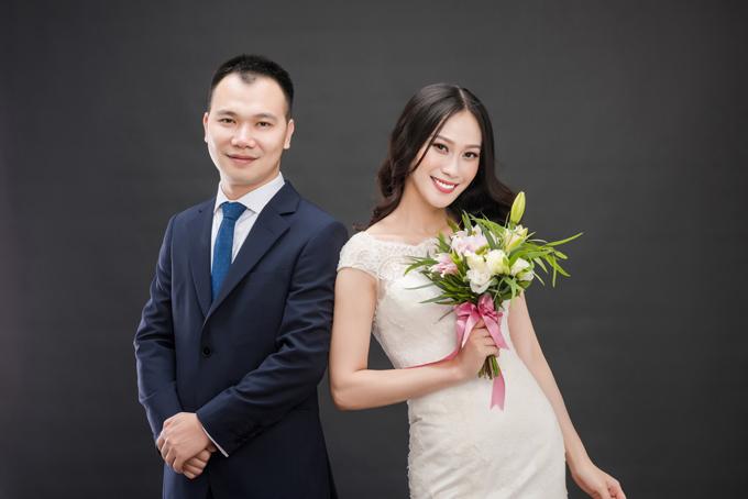 a-hau-dai-duong-2014-len-xe-hoa-voi-giang-vien-dh-ngoai-thuong-3