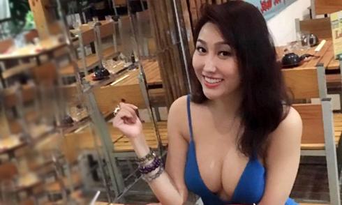 Phi Thanh Vân bị chê vô duyên khi mặc hở bạo đi ăn với bạn