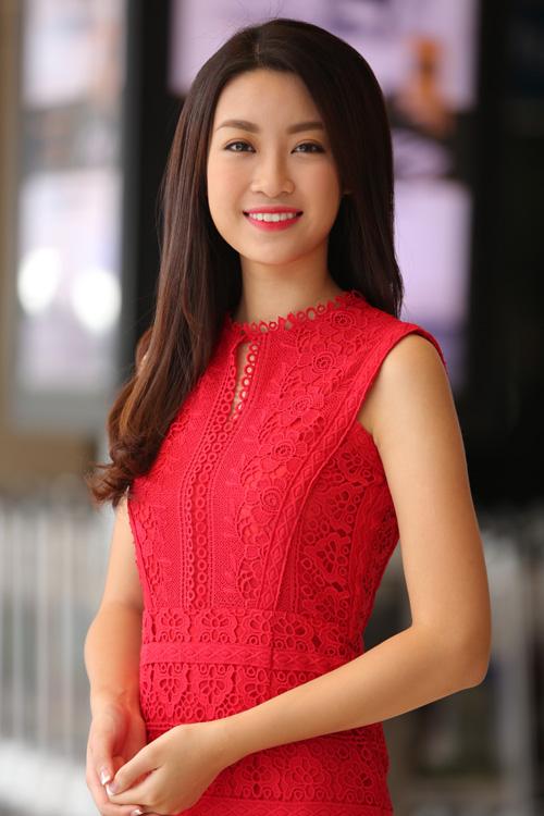 Hoa hậu Đỗ Mỹ Linh tham dự sự kiện.