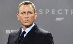 Daniel Craig quay lại vai diễn điệp viên 007 với cát-xê cao ngất ngưởng