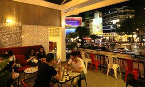 Những quán trà và cà phê ngắm phố Sài Gòn không sợ khói bụi
