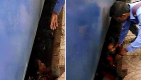 Thoát chết sau khi rơi xuống đường ray tàu hỏa
