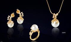 LuxJy Jewelry tặng dây chuyền vàng mừng Vu Lan
