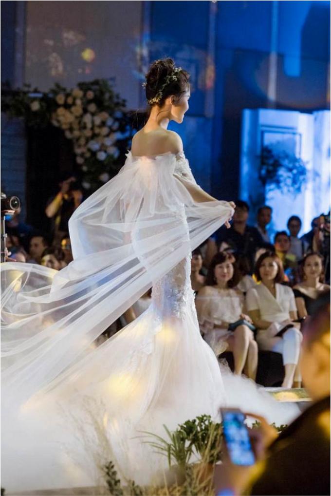 ntk-phuong-linh-ra-mat-bo-suu-tap-ao-cuoi-calla-luxury-4