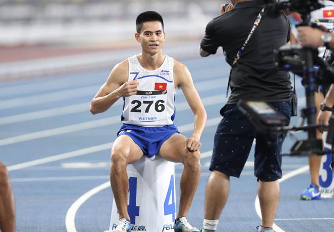Dương Văn Thái bước vào chung kết 800m trên sân