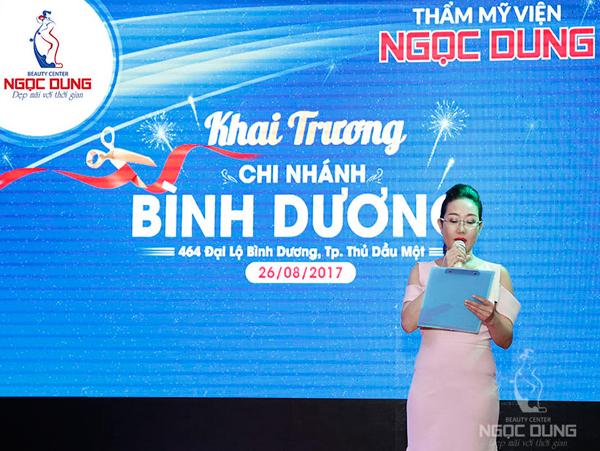 Bà Võ Thị Ngọc Dung  Tổng giám đốc hệ thống TMV Ngọc Dung phát biểu tại buổi lễ khai trương.