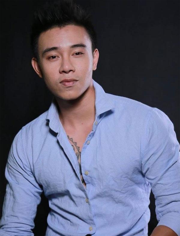 top-3-vietnam-idol-dong-hung-bi-chu-no-cua-me-chem-rach-tay-1