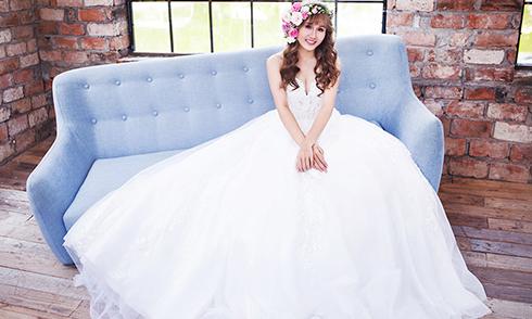 Á quân Tuyệt đỉnh song ca Như Thuỳ gợi cảm khi mặc váy cưới
