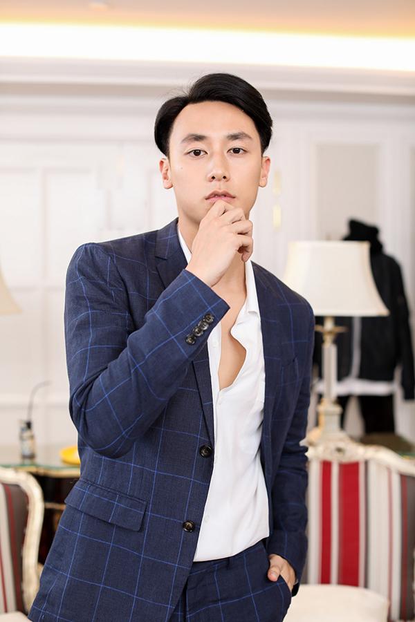 angela-phuong-trinh-rocker-nguyen-hao-huc-chon-do-cho-su-kien-thoi-trang-6