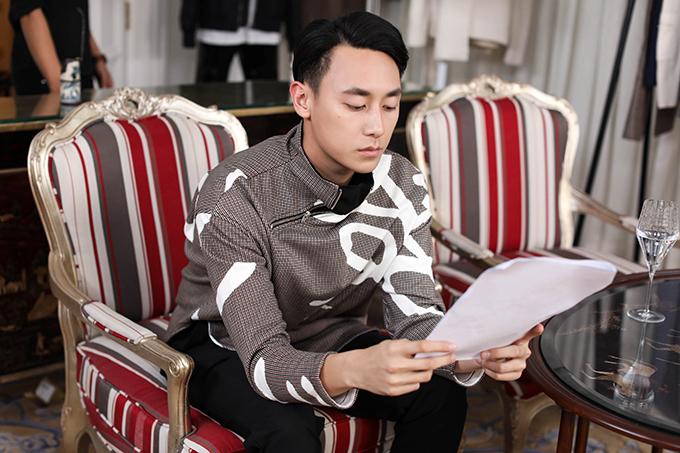 angela-phuong-trinh-rocker-nguyen-hao-huc-chon-do-cho-su-kien-thoi-trang-7