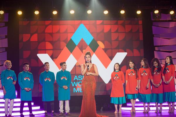 Đài truyền hình AWM được bà Hồng Sâm đầu tư hệ thống cơ sở vật chất đồng bộ, có khả năng truyền tải nhiều kênh thông tin đến người xem. Theo đó, AWM sẽ phát sóng trên ba kênh chính thức gồm Galaxy 17, Direct TV 2079 và KWHY 22.7.