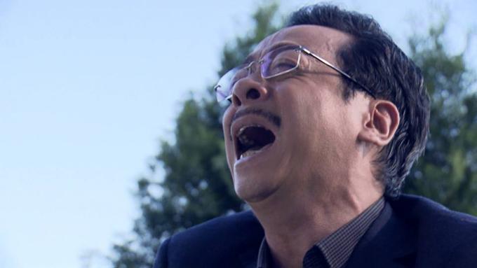 Ông trùm Phan Quân khóc khi tự tay giết chết con trai ruột trong tập cuối Người phán xử.