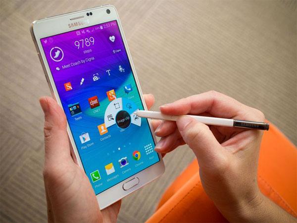 80-nguoi-mua-hai-long-ve-dong-smartphone-galaxy-note-1