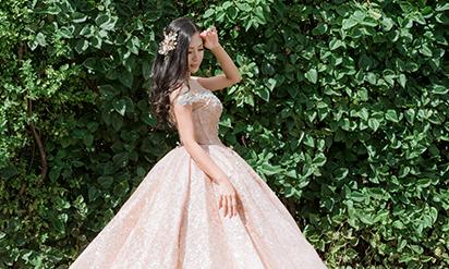 Váy cưới bồng bềnh biến cô dâu thành công chúa