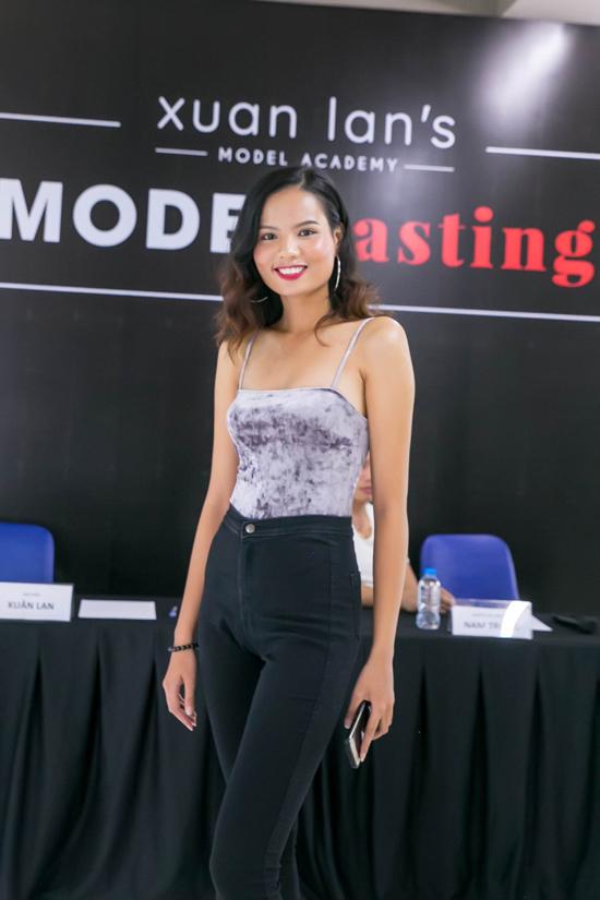 xuan-lan-ru-nam-trung-cham-casting-model-xoa-tan-nghi-van-bat-hoa-2