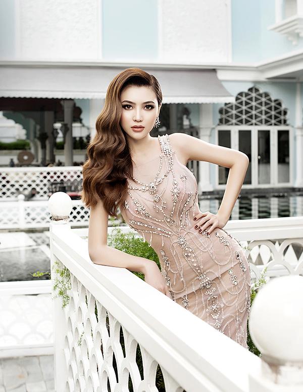 ngoc-duyen-lam-giam-khao-miss-grand-japan-2017-7