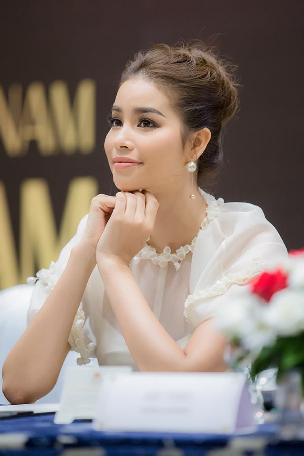 pham-huong-dien-dam-cong-chua-di-event-cuoi-tuan-5