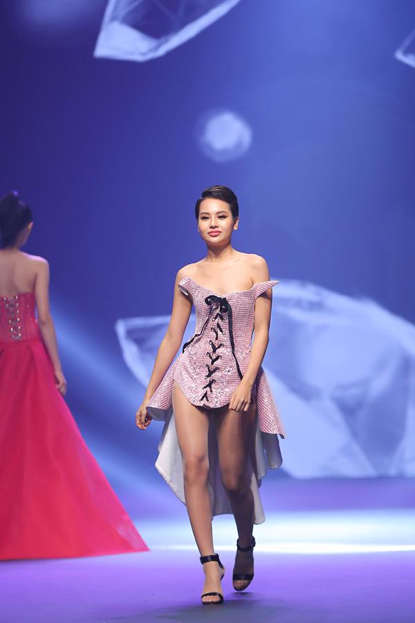 chung-ket-next-top-model-vuong-nhieu-loi-3