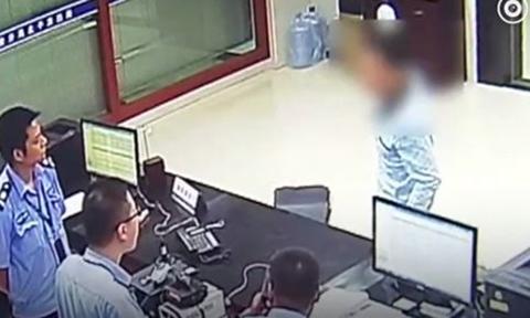 Giả bị cướp để không phải nộp lương cho vợ