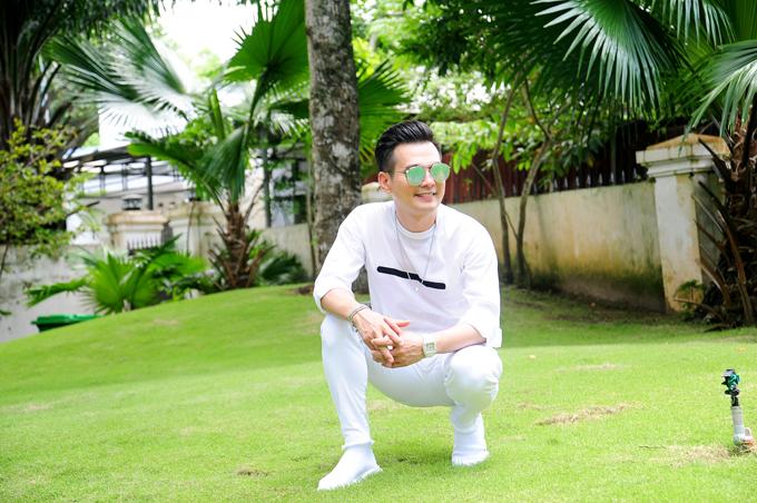 ca-si-lam-hung-khoe-nha-vuon-dep-nhu-resort-o-kien-giang-4