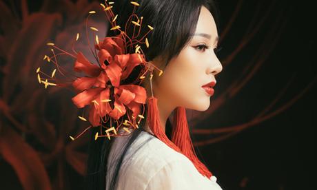 Vợ Việt Hoàn cover nhạc phim 'Tam sinh tam thế thập lý đào hoa'