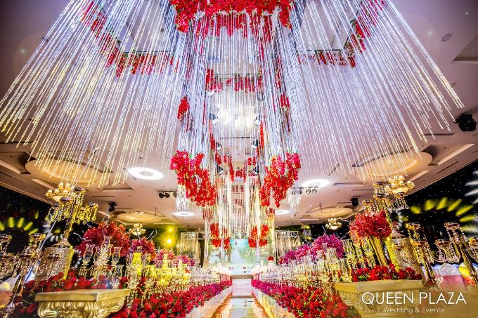 queen-plaza-khai-truong-khong-gian-to-chuc-tiec-cuoi-sang-trong-nhat-he-thong-1