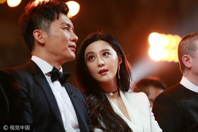 Cặp sao ngồi bên nhau suốt sự kiện trao giải Kim Kê Bách Hoa.