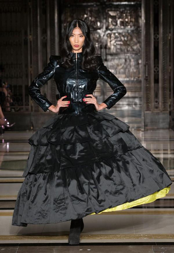hai-nang-mau-viet-trung-show-o-london-fashion-week-5
