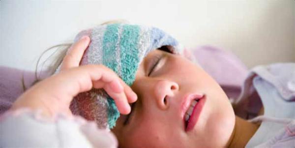 Sốt xuất huyết thường gây sốt cao, đau nhức và chưa có thuốc đặc trị. Chủ yếu là truyền nước và dùng thuốc hạ sốt, giảm đau chứa hoạt chất paracetamol.