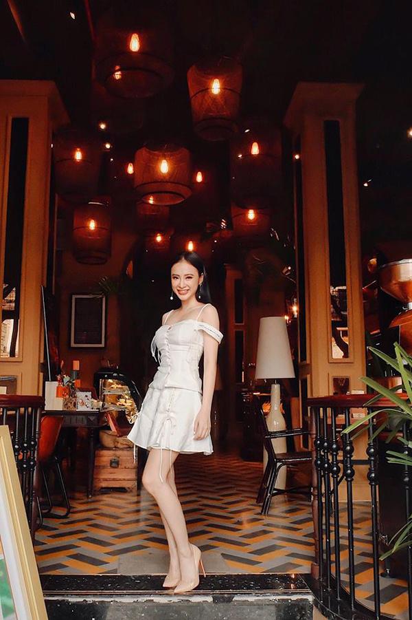 angela-phuong-trinh-chon-vay-ngan-khoe-triet-de-chan-thon-3